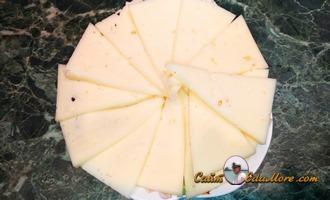 рулетики из курицы с беконом и сыром