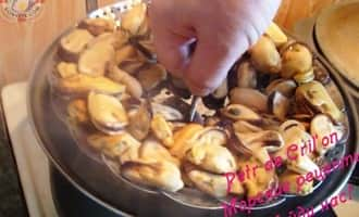 Как готовить мидии замороженные