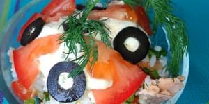 лосось консервированный, салат из лосося консервированного