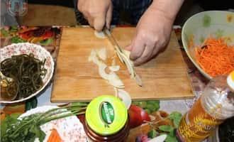 очень вкусный салат с морской капустой рецепт, как приготовить морскую капусту