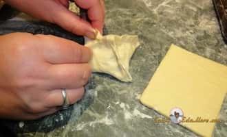 пирожки +из слоеного теста +с сыром, пирожки +из слоеном дрожжевом тесте фото, пирожки +с капустой +из слоеного теста, пирожки +из слоеного теста +с фаршем, пирожки +с мясом слоеное тесто +в духовке, начинка +для пирожков +из слоеного теста
