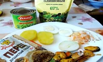 "Ингредиенты для салата из мидий ""Ботик Петра I"" . Рецепт от Petr de Cril'on"