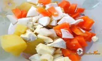 Салат из мидий овощной. Шинкованные овощи. Рецепт от Petr de Cril'on
