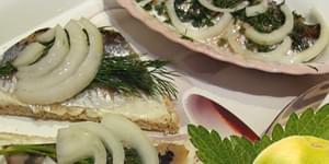 филе сельди, филе селедки, как сделать филе, филе сельди в масле, филе кусочки сельди, сельдь филе кусочки в масле, филе сельди рецепты, филе сельди матиас, филе соленой сельди, бутерброды с селедкой, закусочные бутерброды, file-seldi, file-seldi-ingredienty, file-seledki, kak-sdelat-file, file-seldi-v-masle, file-kusochki-seldi, seld-file-kusochki-v-masle, file-seldi-recepty, file-seldi-matias, file-solenoj-seldi, buterbrody-s-seledkoj, zakusochnye-buterbrody