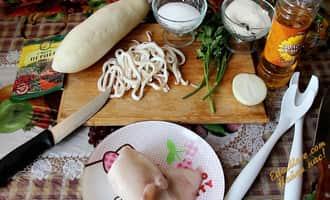 салат из кальмаров простой и вкусный, рецепт салата из кальмаров вкусный и простой