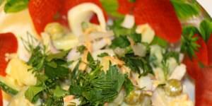 , вкусные салаты кальмар с огурцом, рецепт салатов с кальмарами огурцом и яйцом