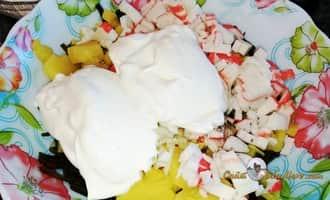 как приготовить салат из морской капусты, салат из консервированной морской капусты, вкусный салат из морской капусты с яйцом, салат из огурцов морской капусты, салат морская капуста с яйцом и огурцом, салат крабовые палочки морская капуста рецепт