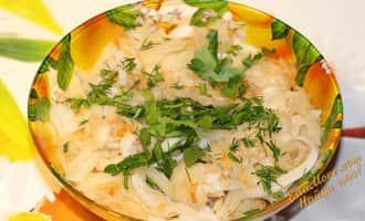 салат с кальмарами и капустой, салат с кальмарами и пекинской капустой