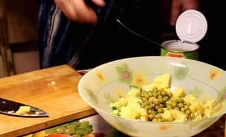 вкусные салаты кальмар с огурцом, рецепт салатов с кальмарами огурцом и яйцом