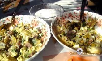 Салат с селедкой и сочным яблоком по рецепту Petr de Cril'on