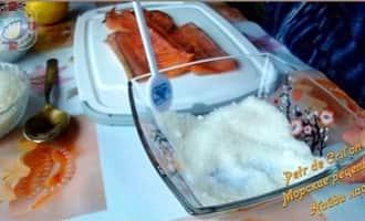 Рыба запеченная целиком с овощами в духовке рецепт 29