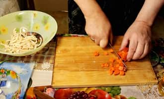 салат капуста с кальмарами рецепт с фото, кальмар салат рецепт фото