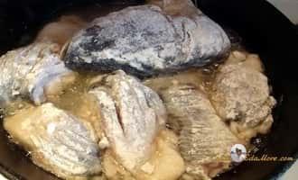 толстолобик жареный на сковороде, толстолобик жареный калорийность,
